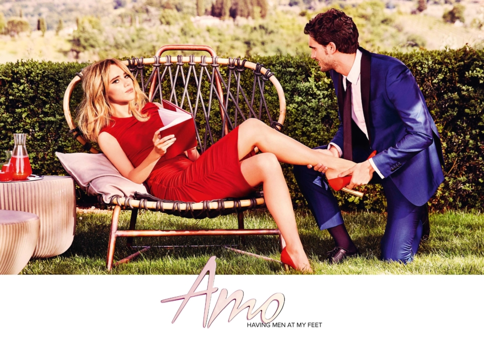 Amo Ferragamo Stolen Moments 1 Page 3