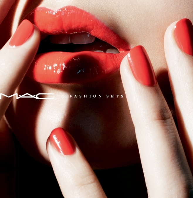 Miles  Aldridge  Mac  Fashion Sets2
