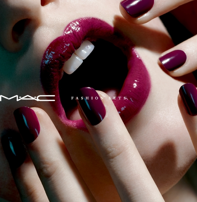 Miles  Aldridge  Mac  Fashion Sets4