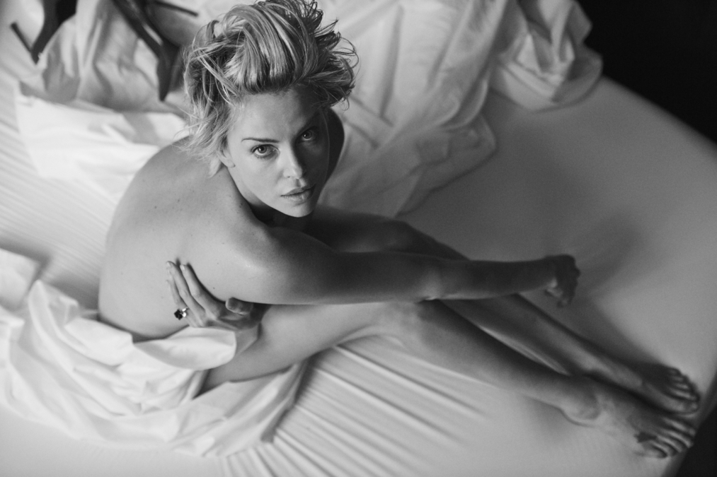 Peter Lindbergh  W16 Charlize Theron1