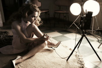 Jennifer Jason Leigh - Italian Vogue1